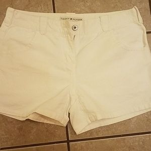 Perfect white Tommy Hilfiger size 8 shorts